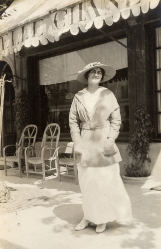 Gabrielle Chanel.jpg