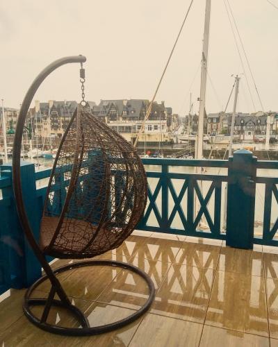Residence premium pierre et vacances Deauville 1.JPG